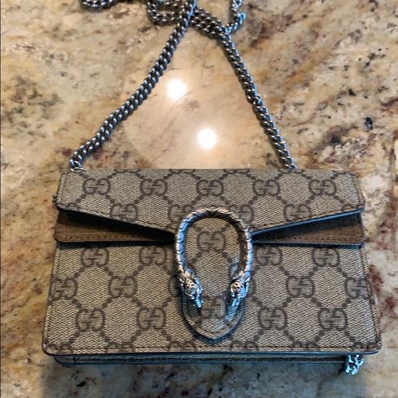 Gucci Handbags - Gucci super mini Dionysus